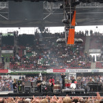 kasabian-supporting-u2-07